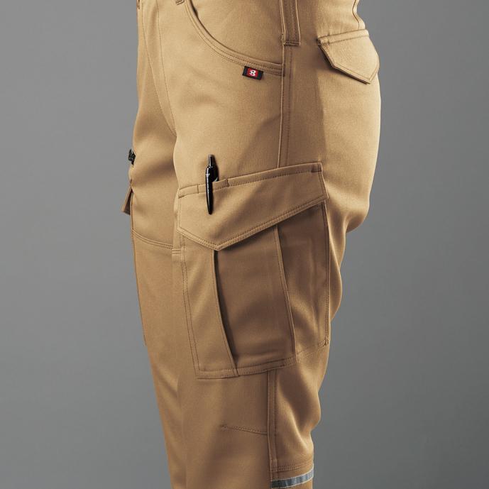 胸ペンさし(左) ■ 袖ペンポケット(左)