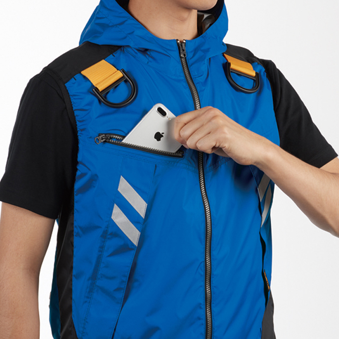 両肩ハーネスフックハンガー(収納可) ※実用新案登録済 バッテリー収納ポケット (右胸・ファスナー止め・ コードホール付き)