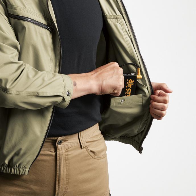内バッテリーポケット (左・ドットボタン止め)