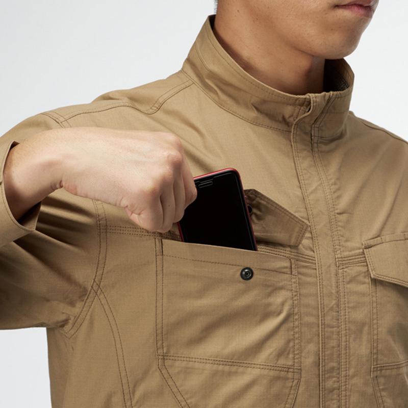 胸ペンさし(左)袖ペンポケット(左)