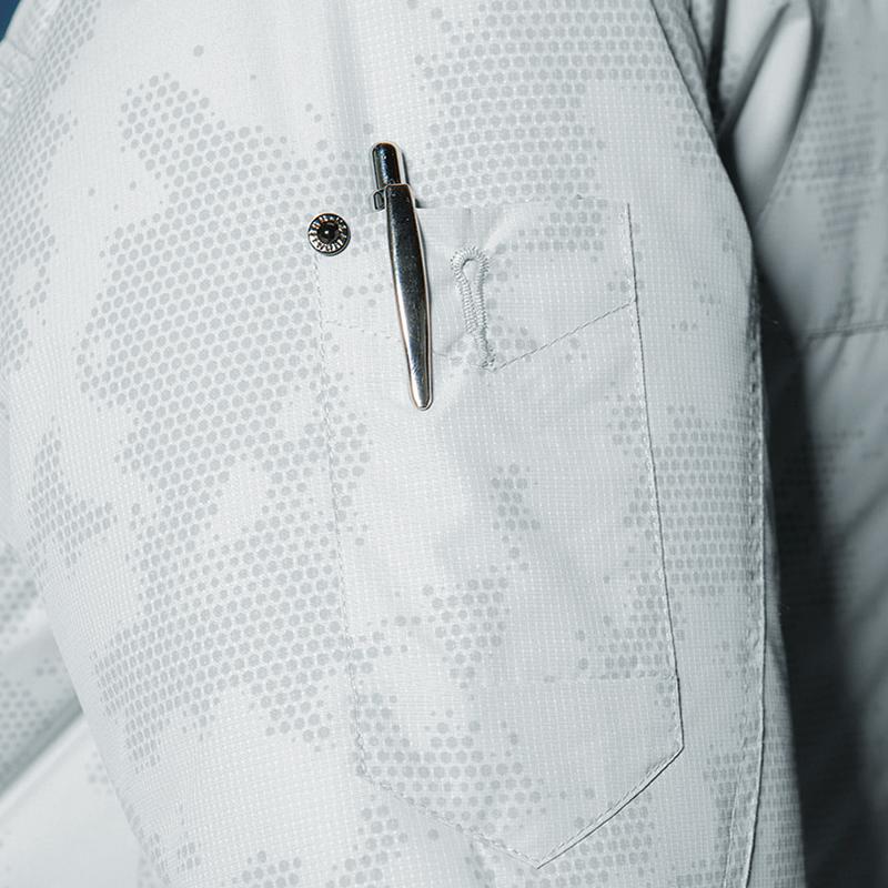 スタイリッシュなペン差しポケット