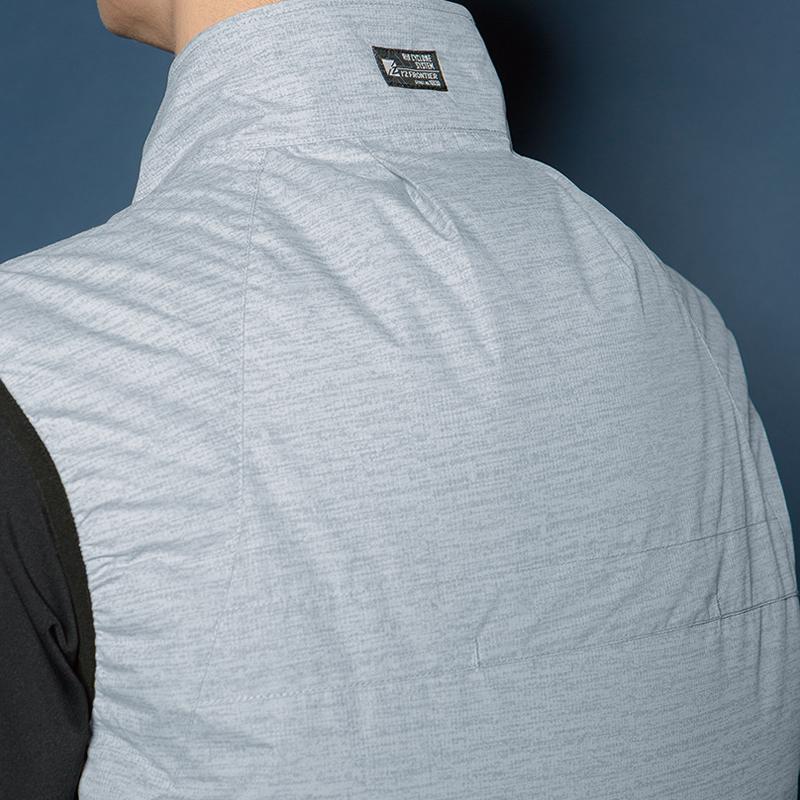 首後ろの立体構造で衣服内を風が駆け抜ける