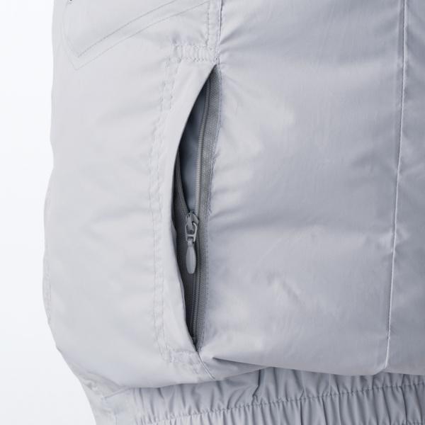 両脇ファスナー付きポケット