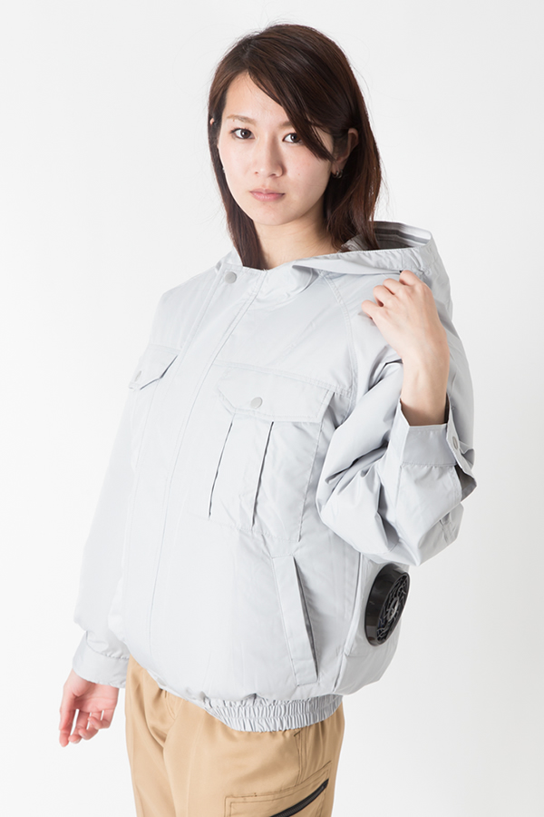 【サンエス】【春夏作業服】空調服 フード付空調ブルゾン KU90810        モデル画像1