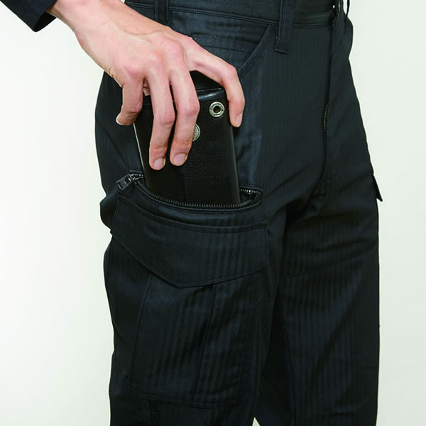 長財布・レベルブック収納ポケット(深さ・23�p)