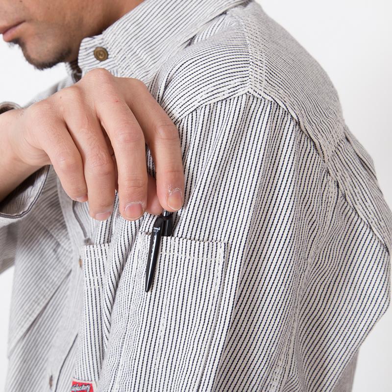 左袖ペン差し付き