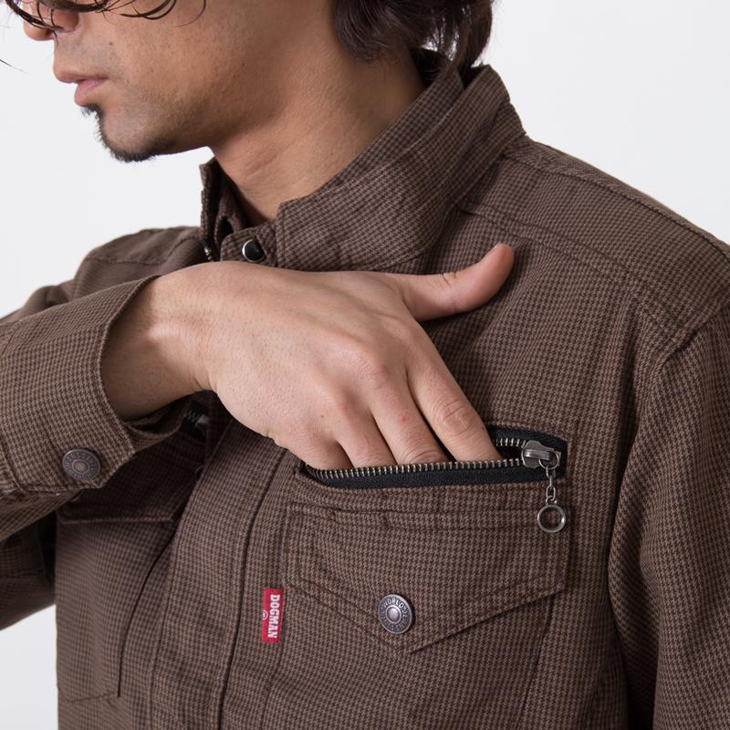 左胸ファスナーポケット