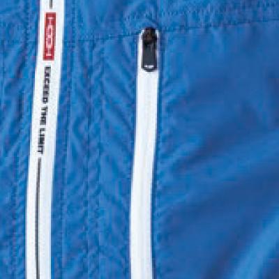 YKKファスナー付き左胸ポケット