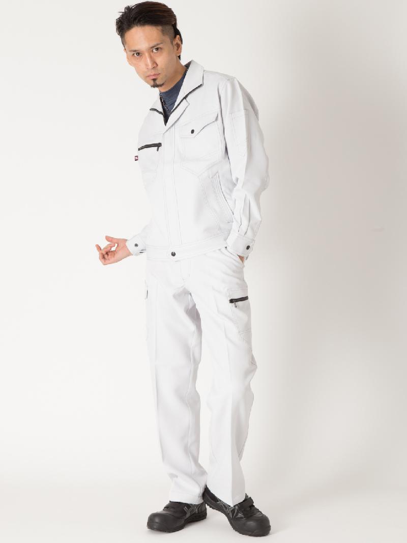 【Z-DRAGON】【秋冬作業服】71302ノータックカーゴパンツ モデル着用1