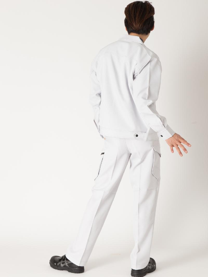【Z-DRAGON】【秋冬作業服】71302ノータックカーゴパンツ モデル着用2