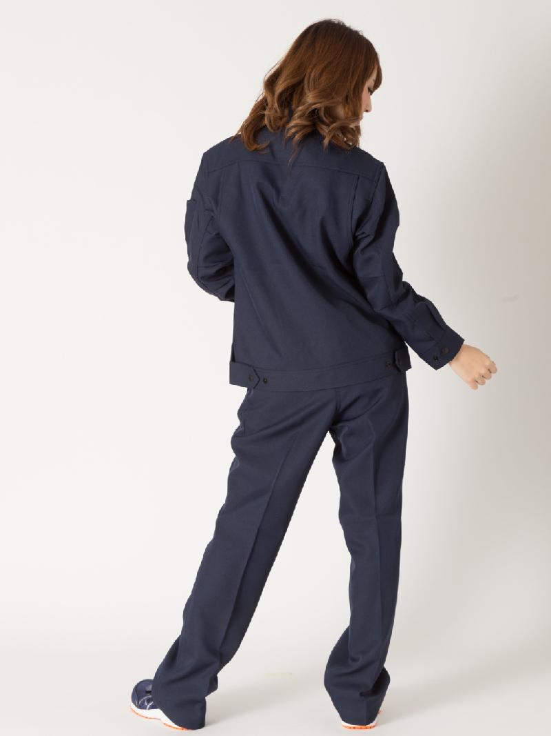 【Z-DRAGON】【秋冬作業服】71306レディースパンツモデル着用2